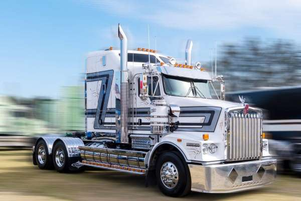 Which Chrome Stack is Best for My Truck?